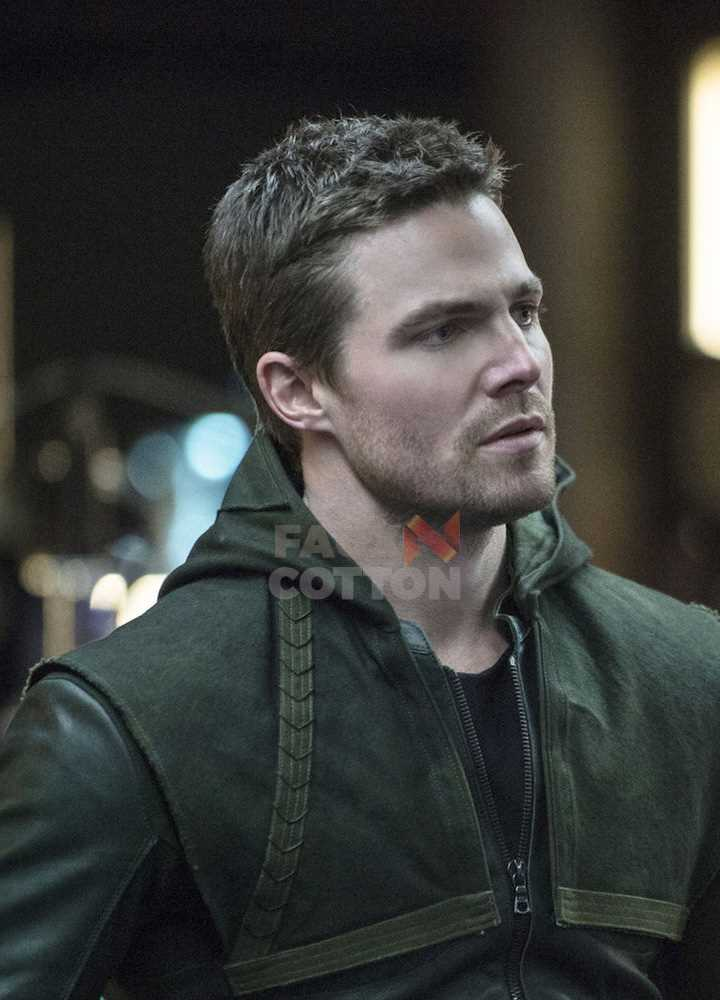 Arrow Stephen Amell (Oliver Queen) Green Leather Costume