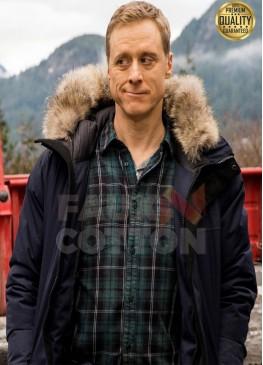 Resident Alien Alan Tudyk  ( Harry Vanderspeigle ) Fur Jacket